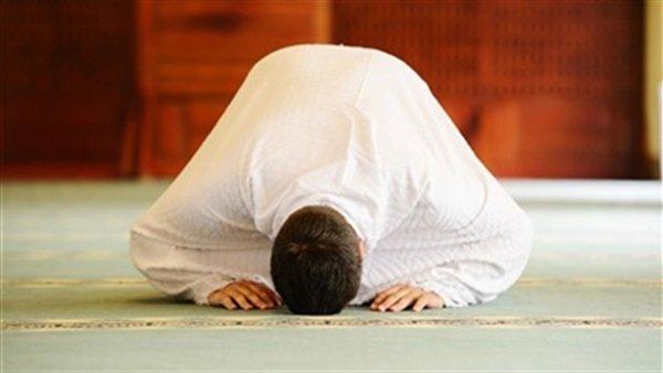 دراسة: أداء الصلاة في أوقاتها بانتظام يعطي دفعة للعيش فترة أطول